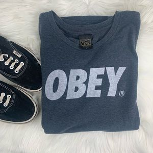 Gray OBEY T-shirt size small